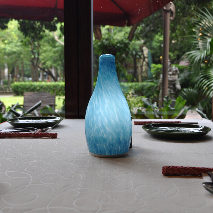Cordless bottle shape table lamp(Blue)