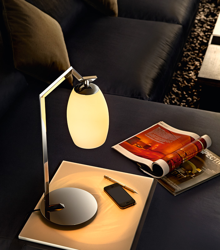 Modern Style Glass Lampshade Metal Base Home Office Table Lamp