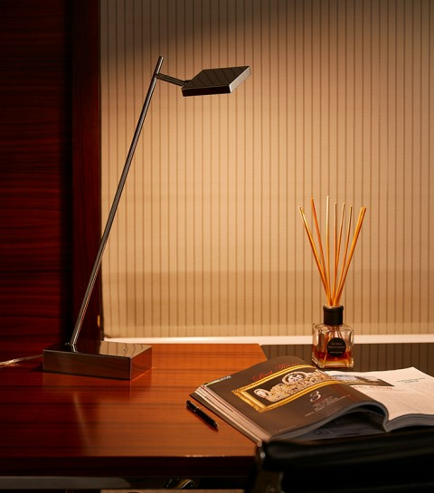 Stainless Steel Polished Square hotel Table Lamp